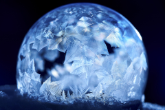 D758874-Frozen-Soap-bubble-tungsten