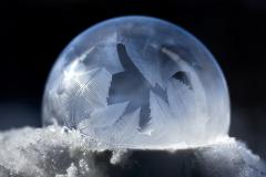 D759053-Frozen-Soap-Bubble-at-Sunset