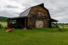 1_Barn-at-Centenial-Museum-Beaverlodge-Alberta_8503034