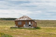 DSC7095-Abandoned-farmhouse-Highway-2-Saskatchewan