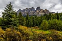 1_D8505605-Castle-Mountain-in-Autumn-Banff-National-Park-Alberta