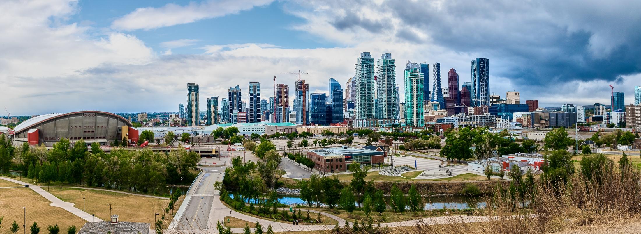 8506963-Calgary-Skyline-Pano-V2